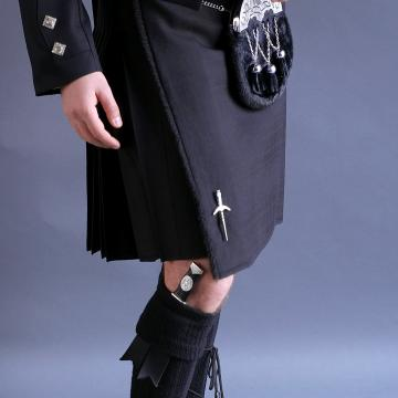 Mens Worsted Wool 5 Yard Black Kilt Hidden Tartan