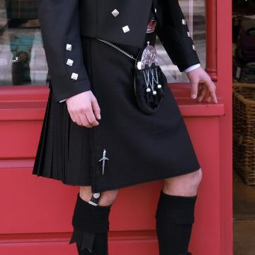 Mens Worsted Wool 8 Yard Black Kilt ('Hidden Tartan')