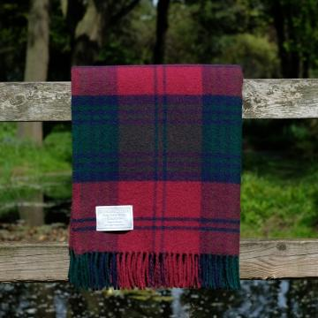 Highland Store Utility Rug Lindsay. Pure Wool Throw in Lindsay. Tartan Blanket