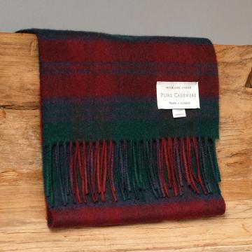 Cashmere scarf in the traditional Lindsay Tartan