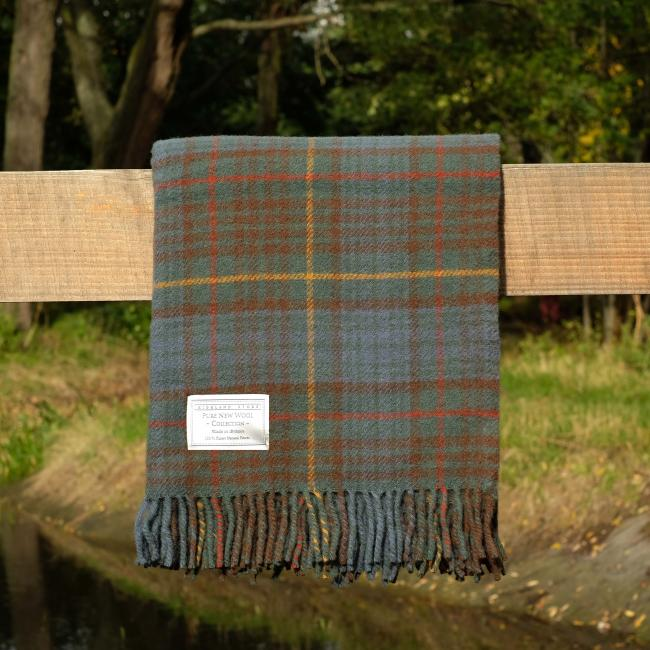 Pure Wool Throw in Antique Hunting Stewart