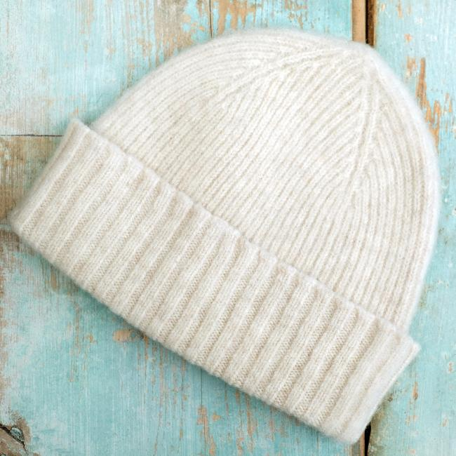 Brushed Wool Beanie Hat in Ecru