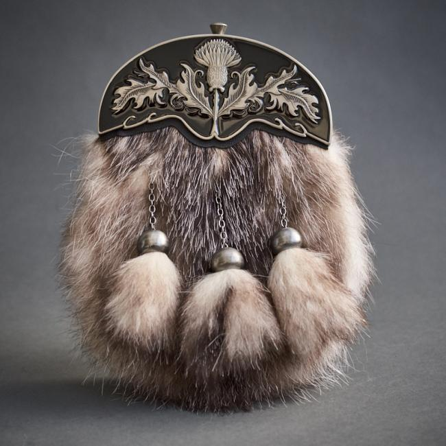 POSSUM FUR DRESS SPORRAN WITH AN ENAMEL THISTLE CANTLE