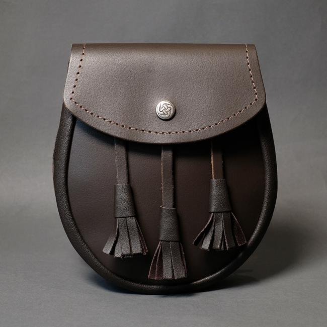 BLACK LEATHER DAY SPORRAN WITH Knotted tassels