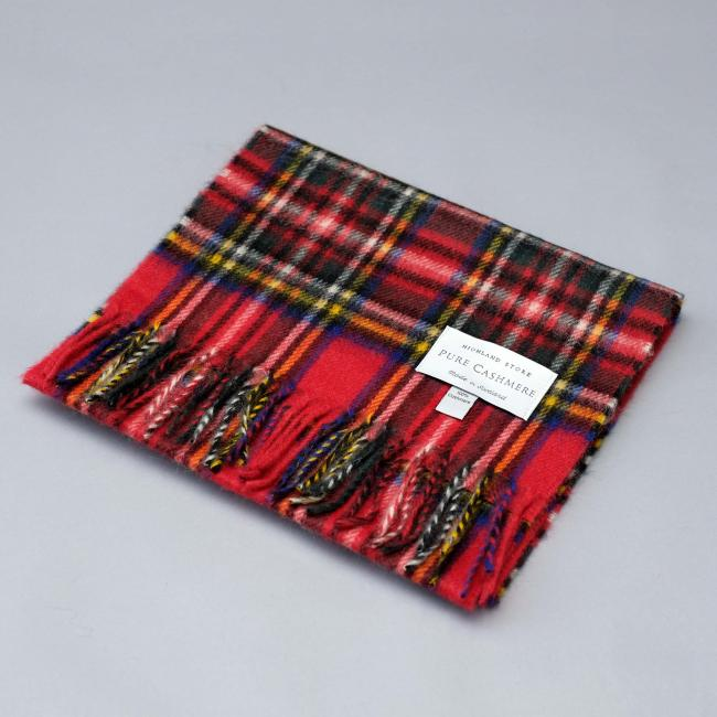 Cashmere scarf in the traditional Royal Stewart Tartan